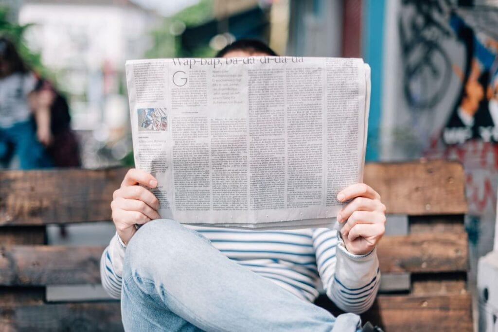 Læs spændende kulturanmeldelser i avisen